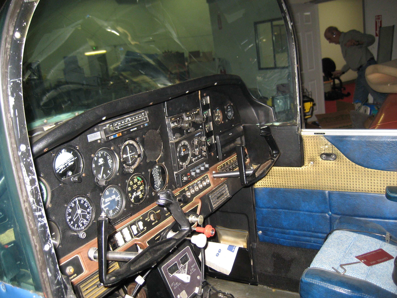 The Escort 110 1 1/2 Nav/Comm